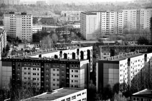 Plattenbau in Berlin, Quelle: gnubier/pixelio.de