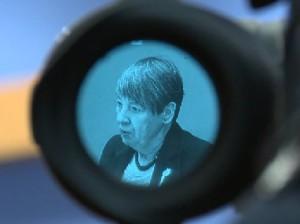 Dr. Barbara Hendricks bei der Bundespressekonferenz zu den Ergebnissen der Klimakonferenz in Paris