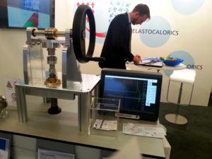 Elastokalorik im Modell des Fraunhofer IPM