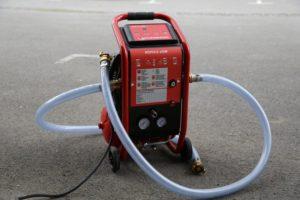 Heizungsrohre mit Spülkompressor reinigen